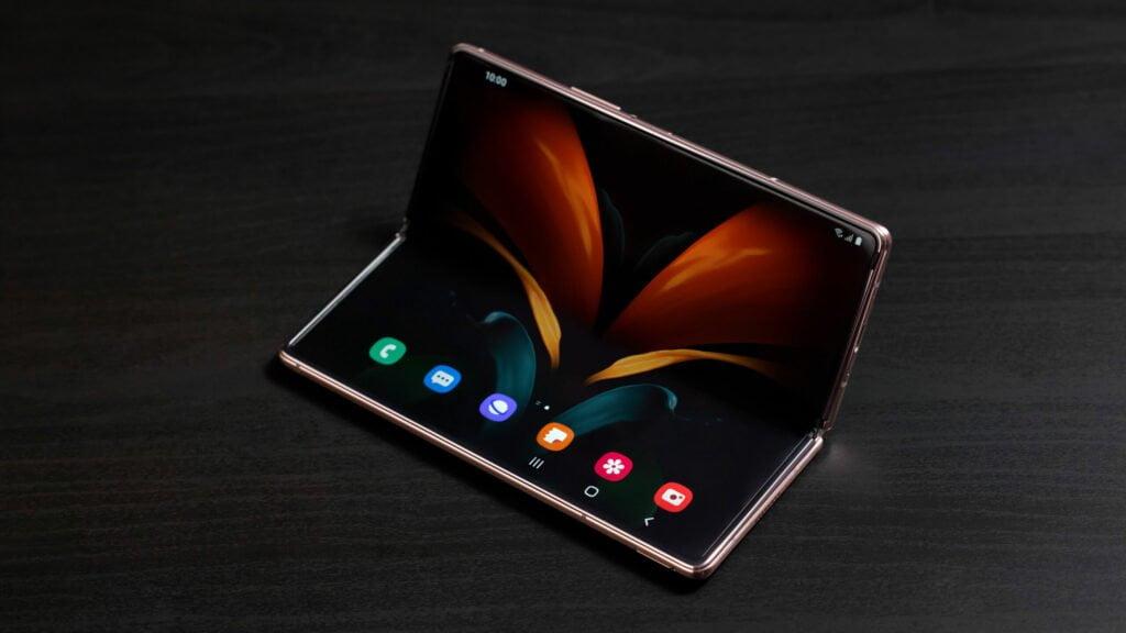 Galaxy Z Fold 2 Display