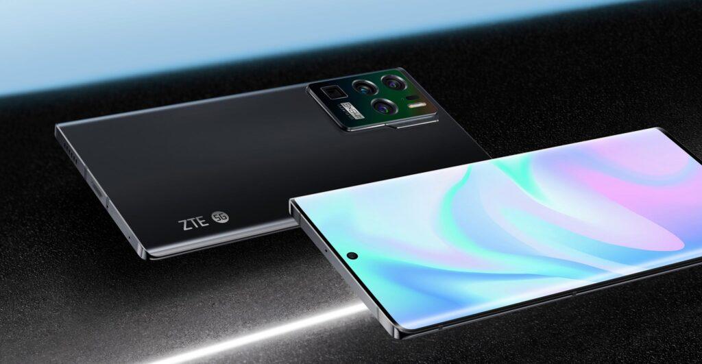 ZTE Axon 30 Ultra display and design