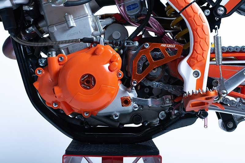 HJ 250 Dark Edition engine